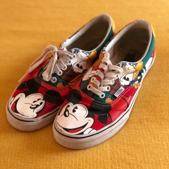 Disney Mickey and Friends Vans (dead stock)